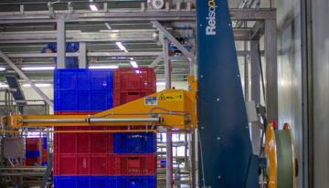Strap stacked pallets securely for stable transportation