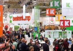 In addition to exhibitors and visitors making and maintaining contacts, the horticultural trade shows place more and more emphasis on exchange of knowledge.